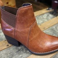 Born Women Boots F08916 Garcia Tan