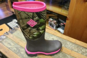 muck-boots-men-women-children (5)